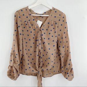Edge button down blouse polkadot with knot